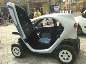 Nach EmoG kein Elektroauto: Renault Twizy. Bild: Sae1962 CC BY-SA Wikimedia